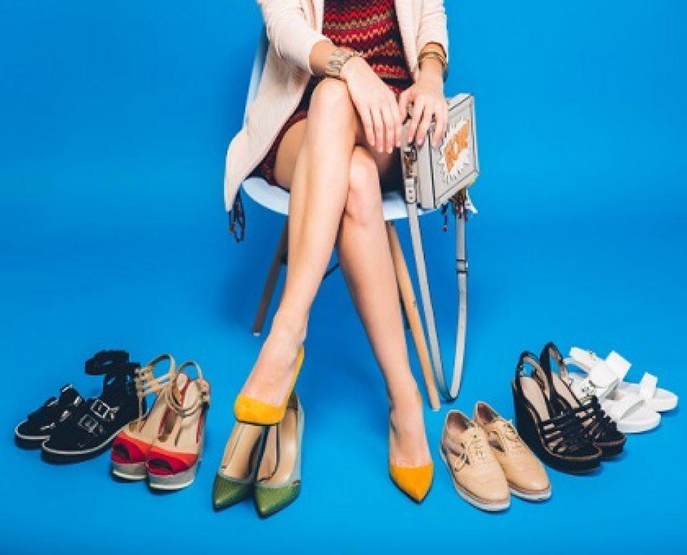 انواع کفش و کتونی زنانه