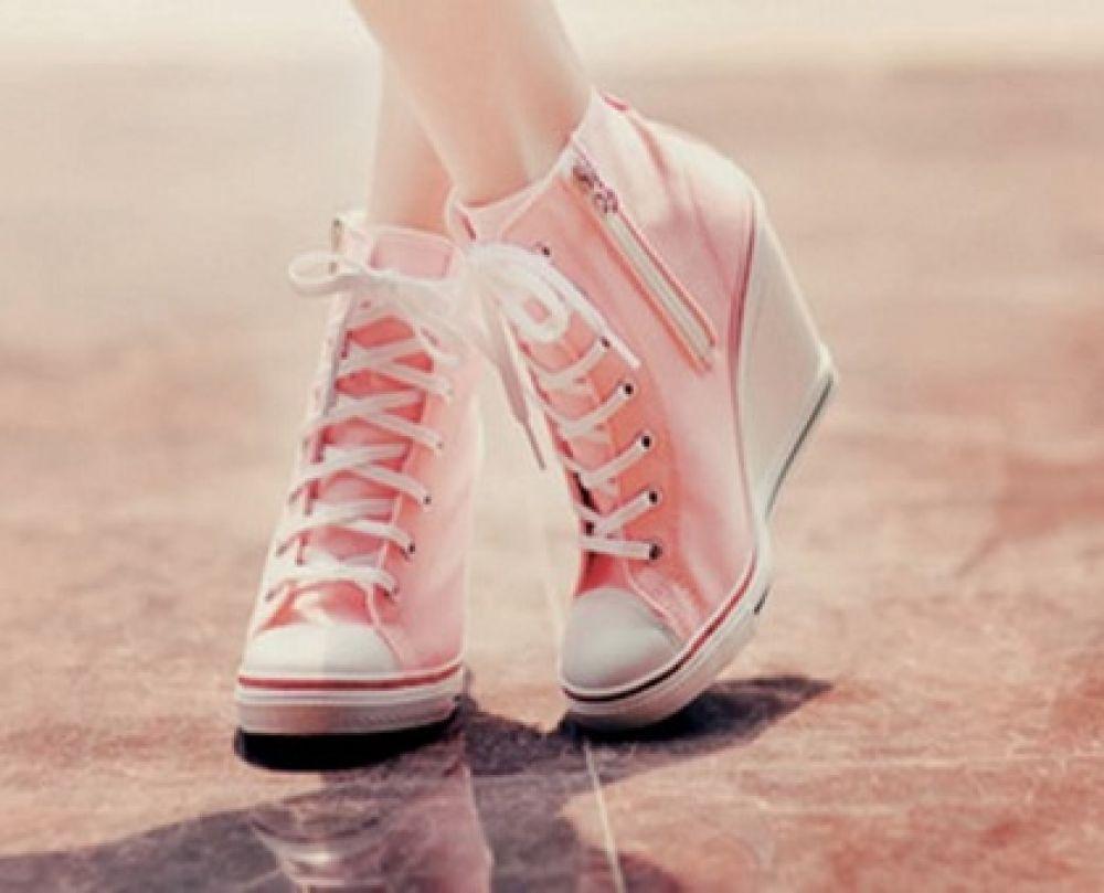 انواع کفش و کتونی های دخترانه