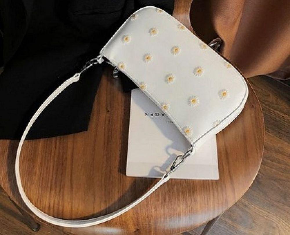 بررسی و خرید بهترین کیف های ارزان قیمت زنانه
