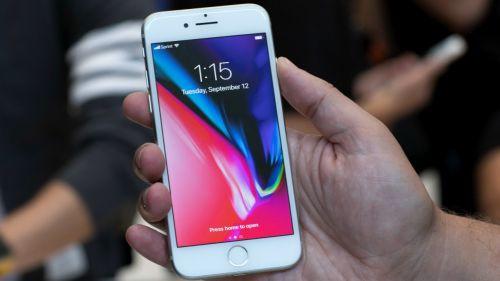 راهنمای خرید گوشی موبایل : نقد و بررسی آیفون ۸ اپل